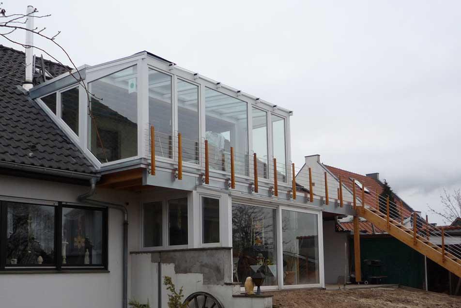 Holzbalkone mit Integration einer Dachgaube